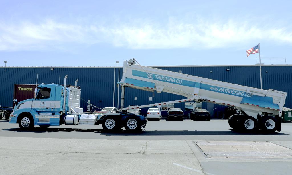 ratrucking-company-end-dump-truck-02